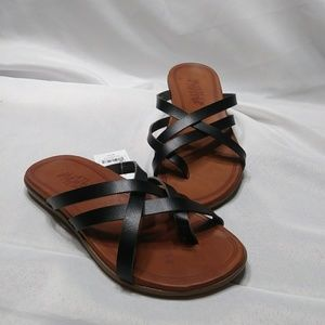 NWT Multi Strap Thong Sandals 6 Black